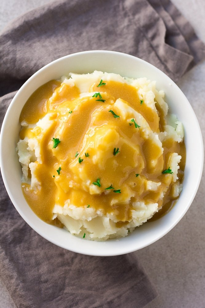 easy vegan gravy over mashed potatoes