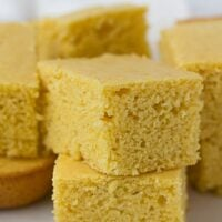 Cut up squares of vegan cornbread