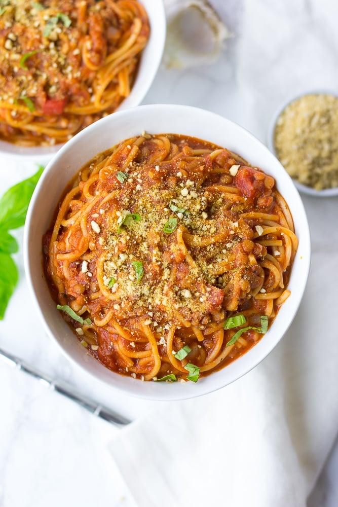 instant pot spaghetti in a bowl
