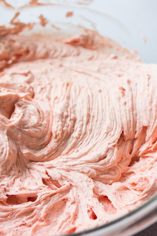 photo of vegan strawberry frosting