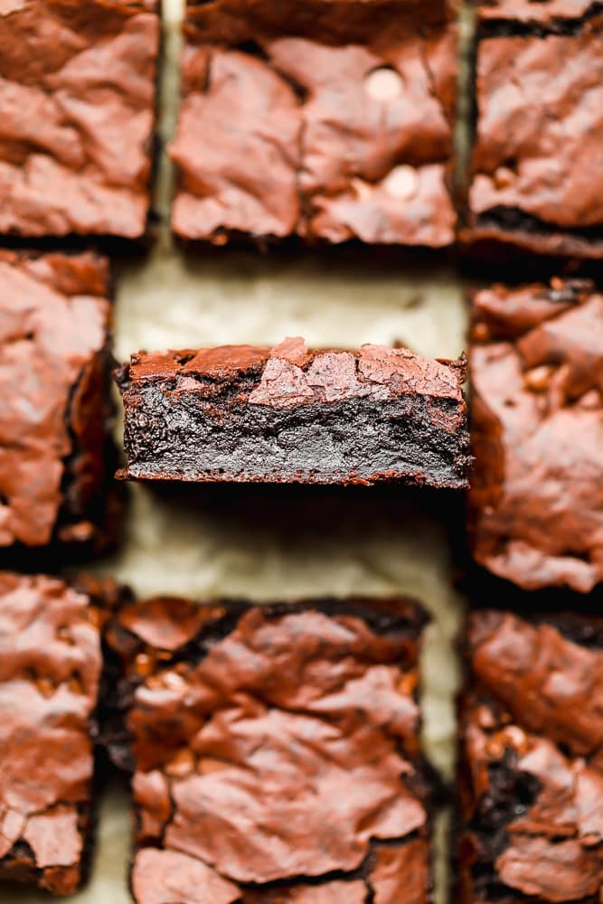 showing the texture inside of eggless brownies, very fudgy