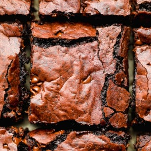 square image of cut brownies